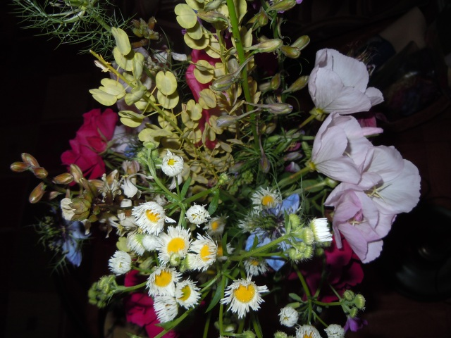 I do love a mixed bouquet!